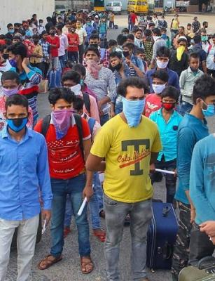 'Exercise to exclude migrants': HC slams Karnataka govt for SMS fiasco
