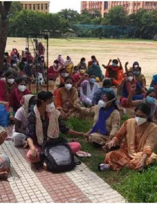 Will protest till regularised: Hyd's Gandhi Hospital nurses boycott duties for 2nd day
