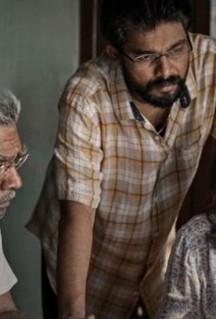 Watch: Teaser of Parvathy and Biju Menon's 'Aarkkariyam' out