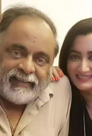 Sumalatha posts emotional message on Ambareesh's second death anniversary
