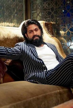 Yash gears up to join the sets of 'KGF: Chapter 2'
