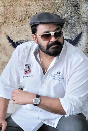 Mohanlal's picture from latest photo shoot goes viral with fans