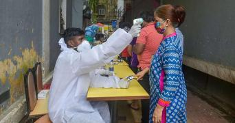 TN man tests coronavirus positive at one lab, negative at another: Experts explain why