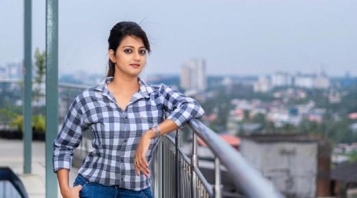 Kerala banking professional makes feature debut with single character film
