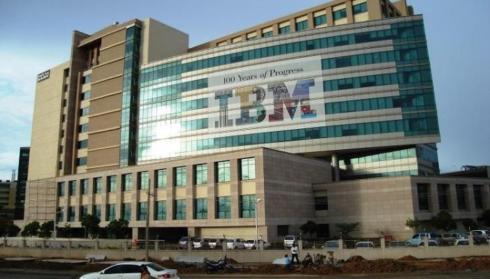 IBM reports decline in sales for third straight quarter