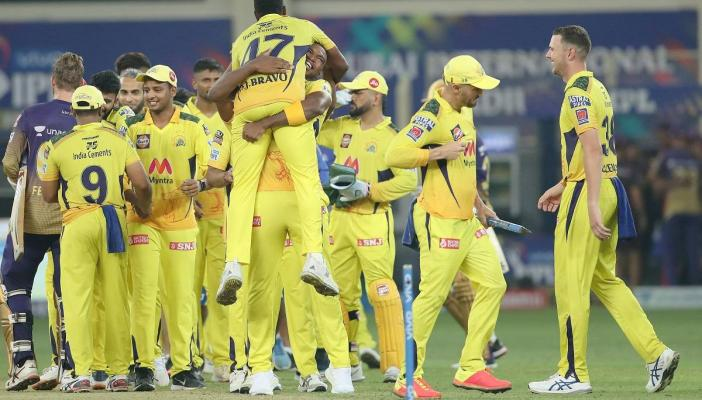CSK players celebrating after winning their 4th IPL title