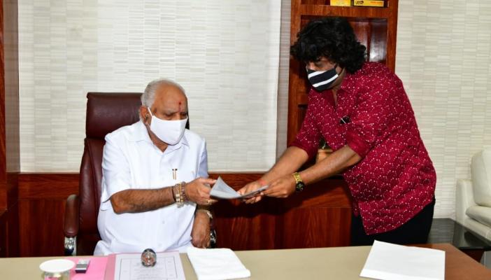 KFCC Vice President Umesh Bankar handing the letter to CM BS Yediyurappa