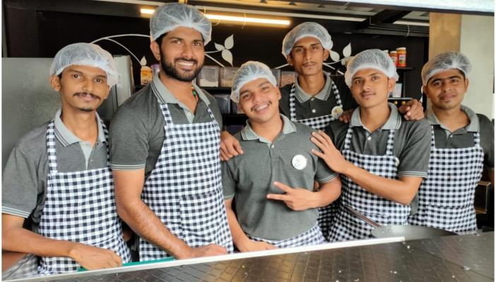 Kerala chefs who set up a restaurant after losing jobs owing to lockdown.