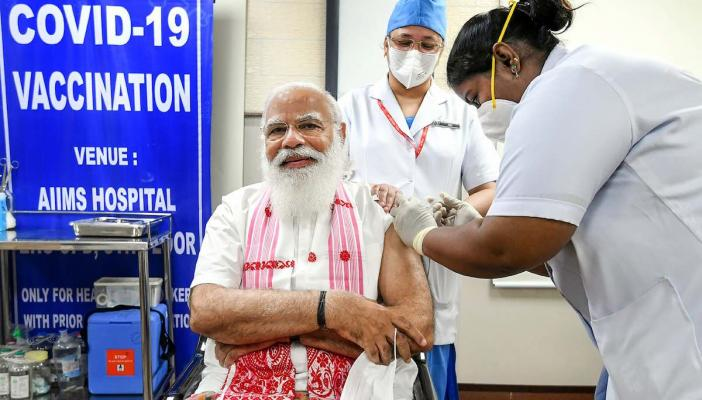 Why Indias COVID-19 vaccination strategy must be decentralised