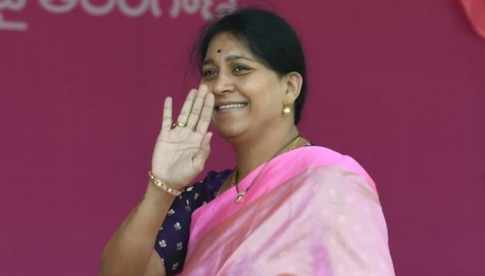 TRS MP Kavitha Maloth