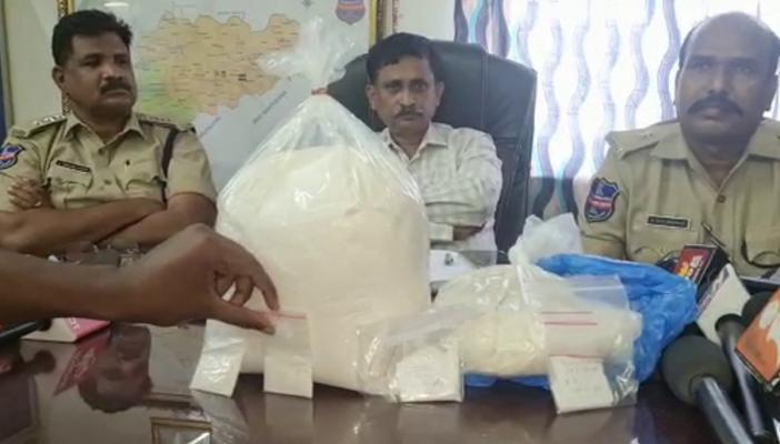 Mephedrone seized by excise officials in Nagarkurnool