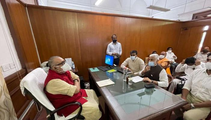 Vijay Sai Reddy and other MPs meeting with union minister, all sitting and interacting