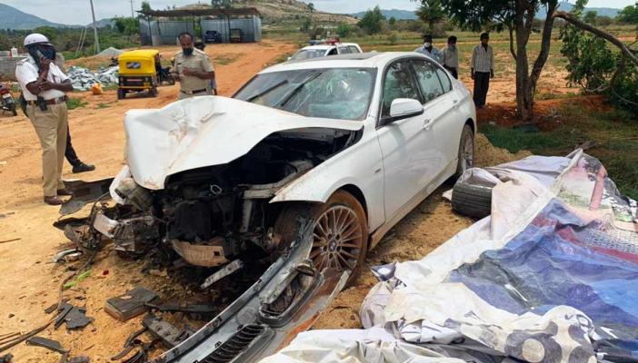 The front of Yathiraj's car was damaged due to the collision on Bengaluru-Hyderabad highway