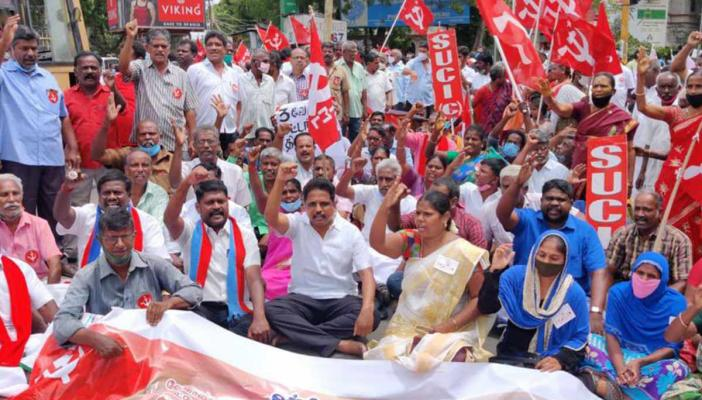 CPI(M)'s su venkatesan and other cadre protest in Madurai