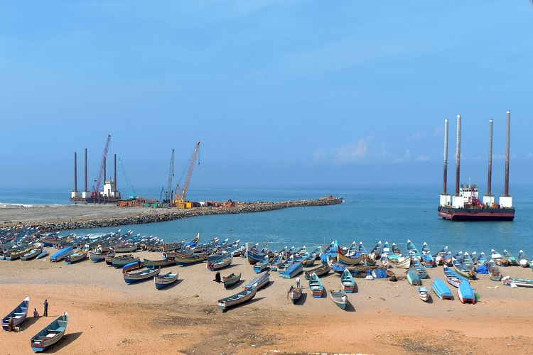 Breakwater construction on Vizhinjam port has caused high tides: Kerala Fisheries Min