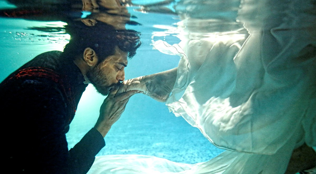 So What Hens In An Underwater Shoot As Actor Srinivasan Says A Por Malayalam Movie Does The Camera Jump Into Pool Along With Model